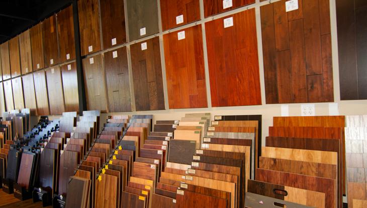 Liquidation flooring in Reseda