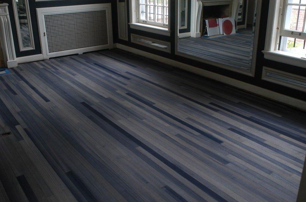 Liquidation flooring in Porter Ranch