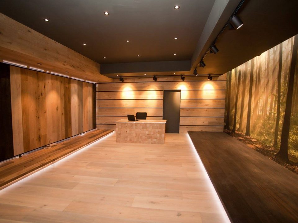 Hardwood Floor Store in Toluca Lake