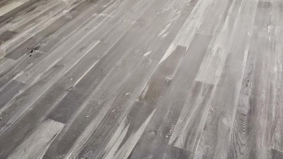 Liquidation flooring in Valley Village
